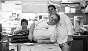 Néstor Reggiani y sus Hijos en La Nueva Muguet